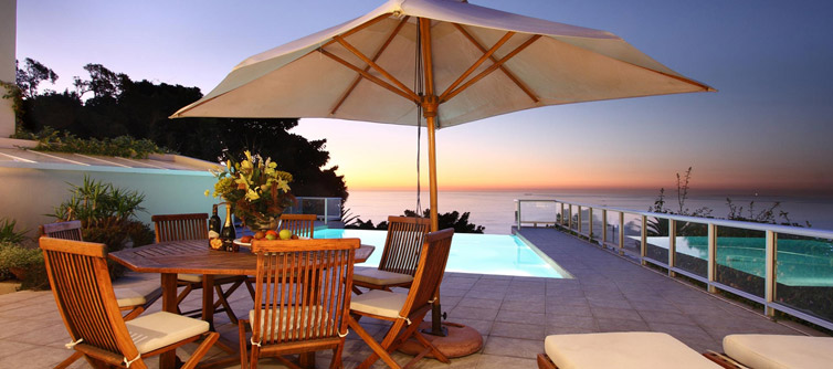 Luxurious Bantry Bay Holiday Villas and Apartments to Rent